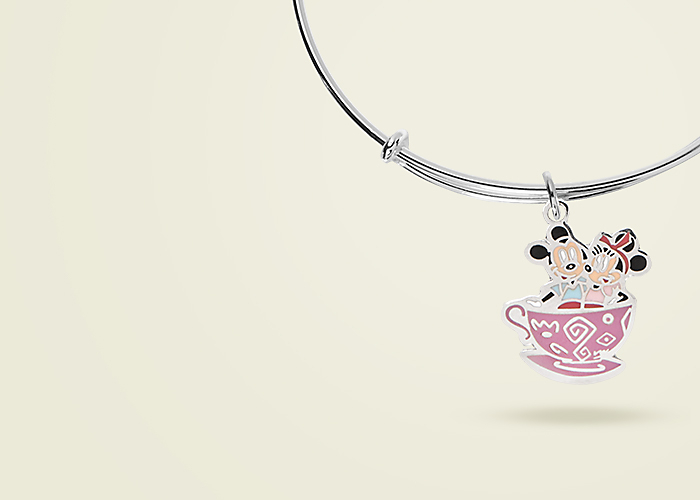 Give Charming<br>Jewelry Gifts