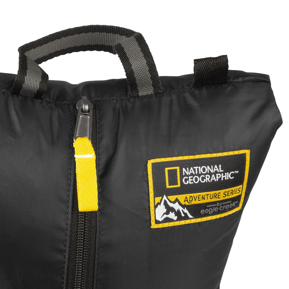 Adventure Essentials Packing Set by Eagle Creek – National Geographic – Black