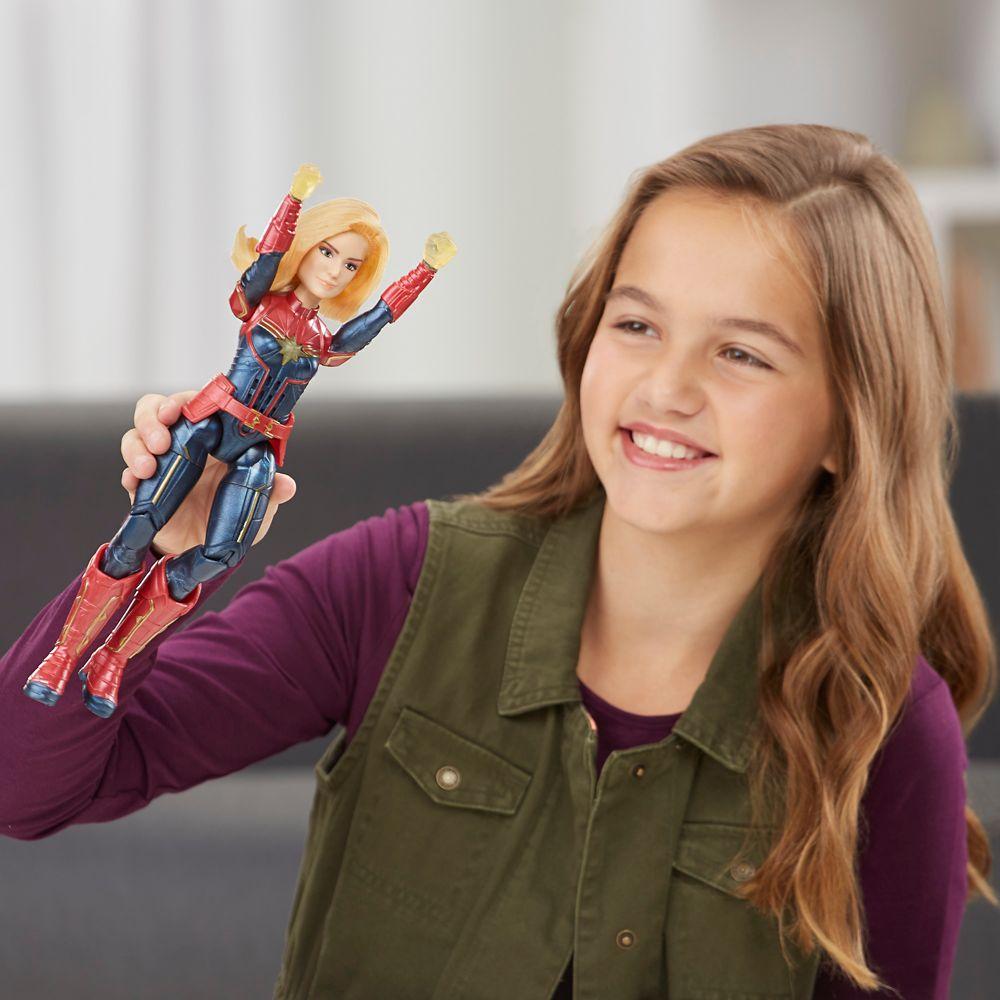 Marvel's Captain Marvel Photon Power FX Light-Up Action Figure by Hasbro