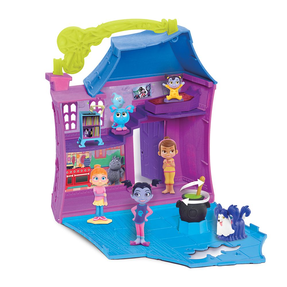 Vampirina Stow N' Go Slumber Party Play Set