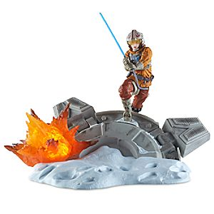 Luke Skywalker Light-Up Statue - Star Wars: The Black Series Centerpiece by Hasbro 3061045460377P