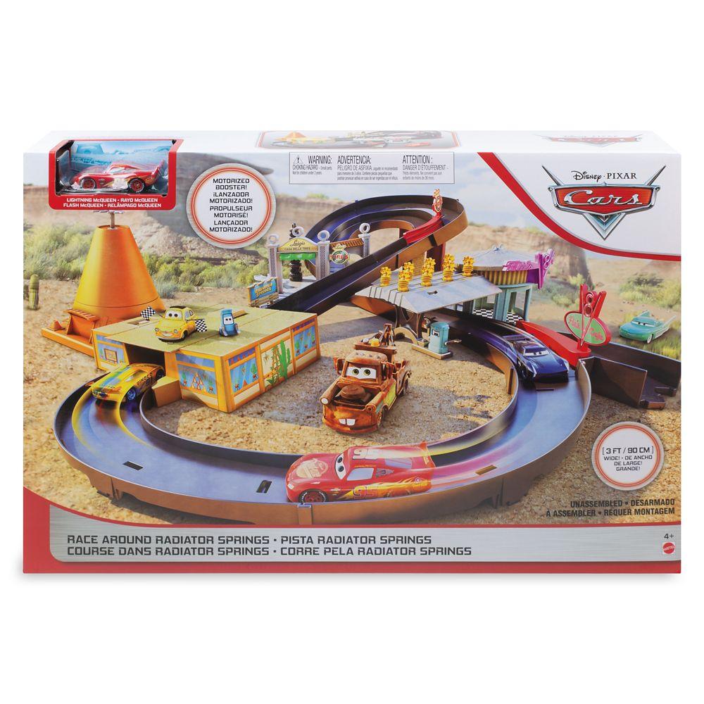 Cars: Race Around Radiator Springs Play Set