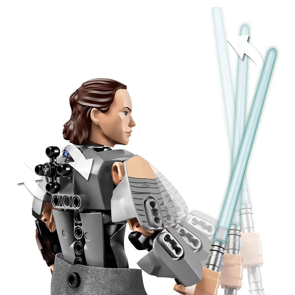 Rey Figure by LEGO – Star Wars: The Last Jedi