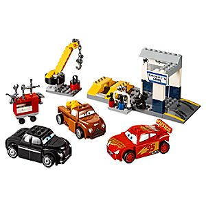 Smokey's Garage Playset by LEGO Juniors  -  Cars 3