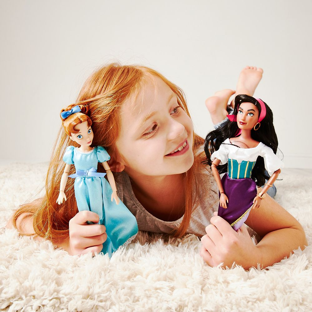 Wendy Classic Doll – Peter Pan – 11 1/2''