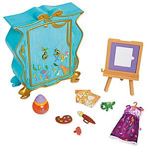 Disney Animators' Collection Rapunzel's Artist Armoire Playset