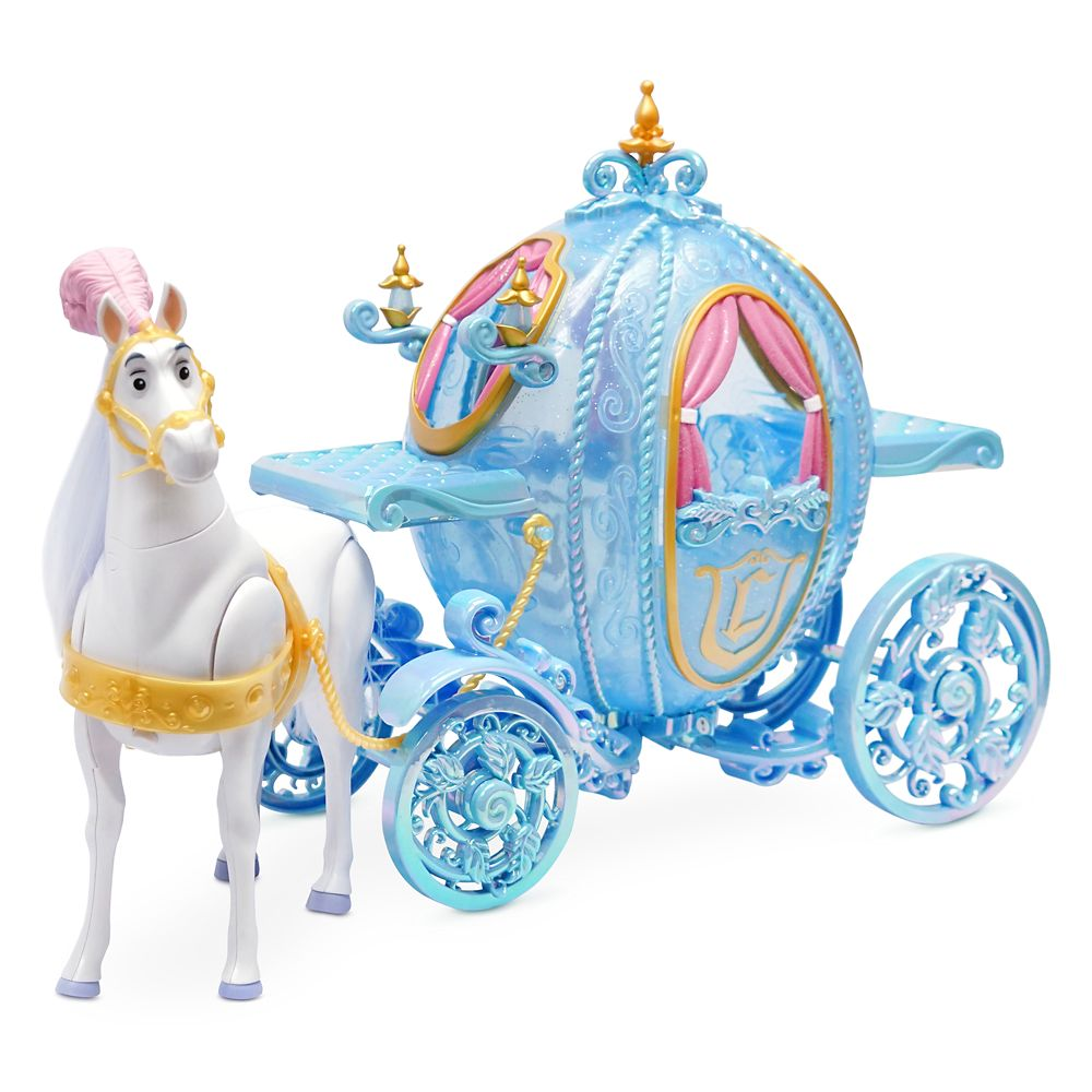 Cinderella Classic Doll Deluxe Gift Set