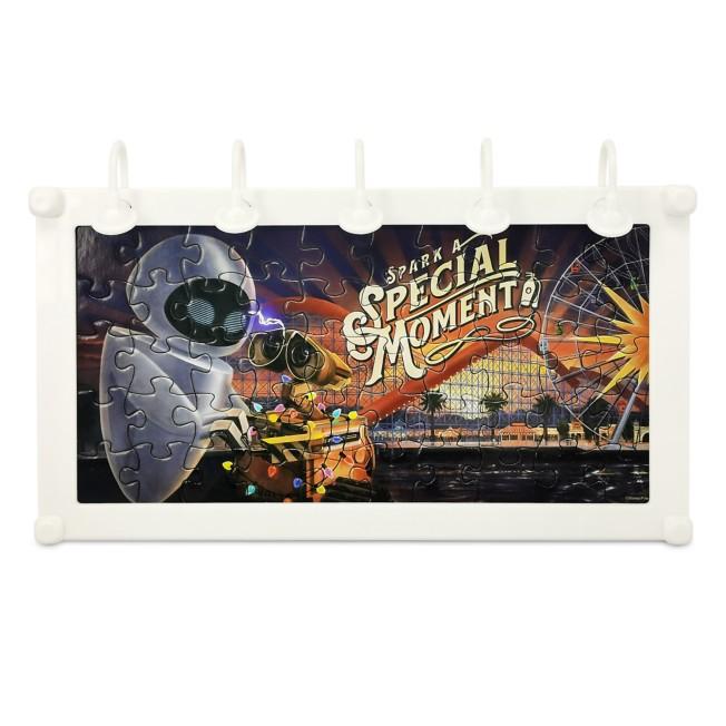 WALL•E and E.V.E. Light-Up Billboard Mini Puzzle