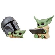 The Child Bounty Collection Figure Set by Hasbro – ''Helmet Peeking'' & ''Datapad Tablet'' – Star Wars: The Mandalorian – 2 1/4''