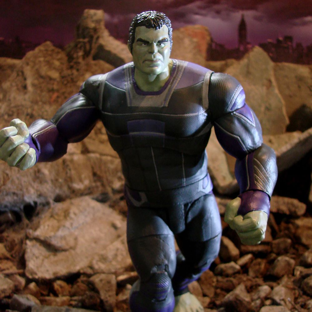 Hulk Collector Edition Action Figure – Marvel Select by Diamond – 9'' – Marvel's Avengers: Endgame