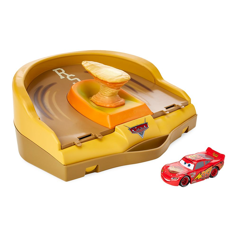 Lightning McQueen Radiator Springs Track Launcher – Cars