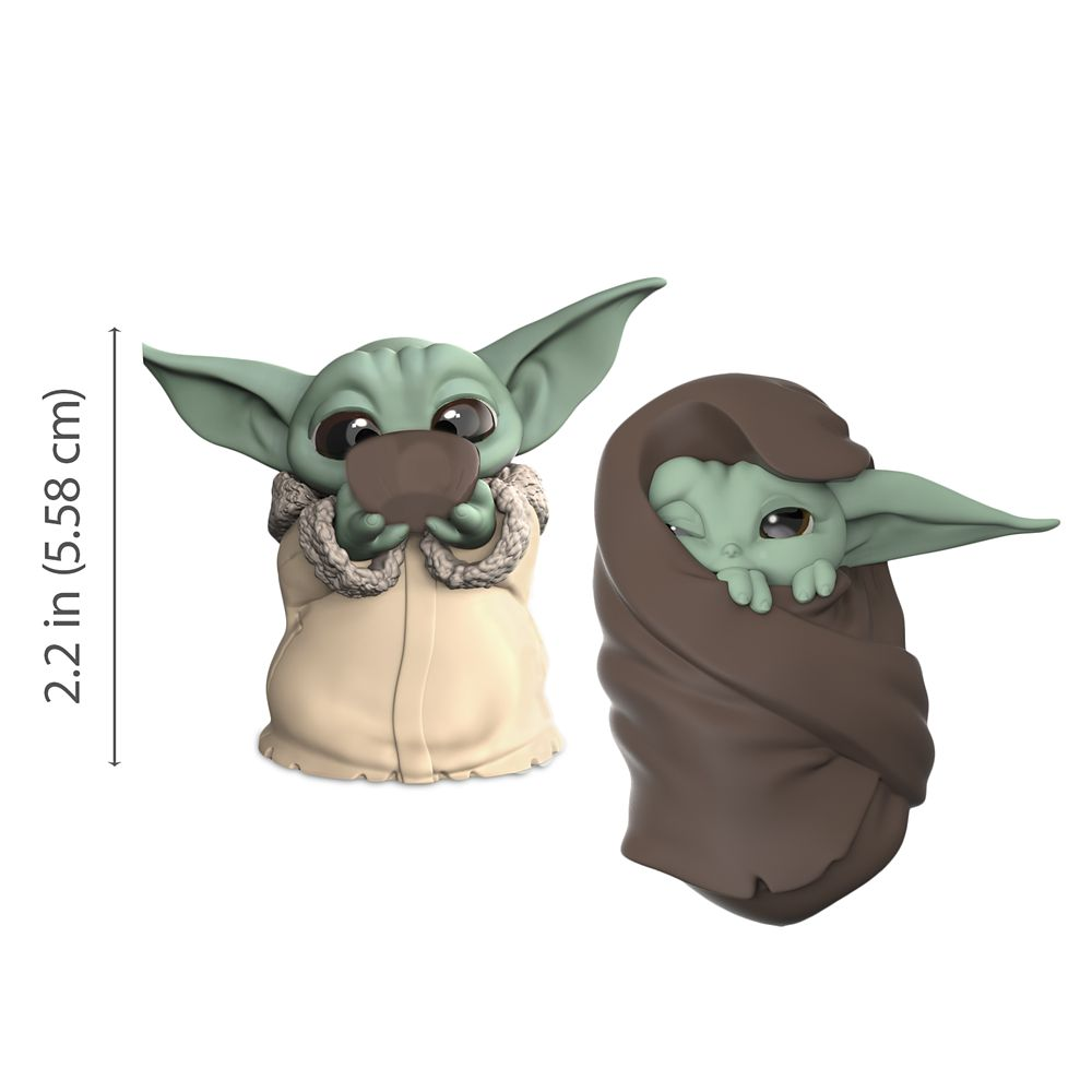 The Child Bounty Collection Figure Set by Hasbro – ''Sipping Soup'' & ''Blanket-Wrapped'' – Star Wars: The Mandalorian – 2 1/4''