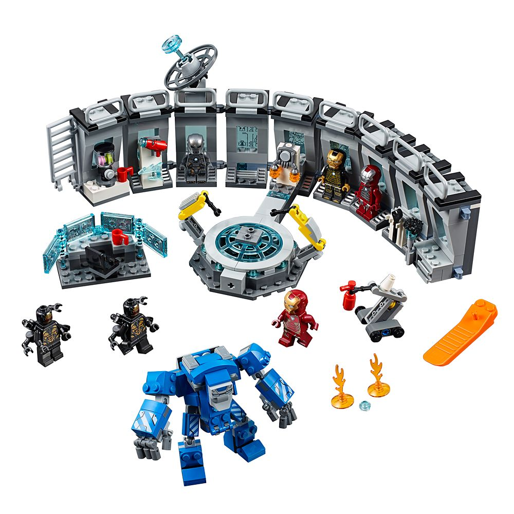 Iron Man Hall of Armor Play Set by LEGO – Marvel Avengers