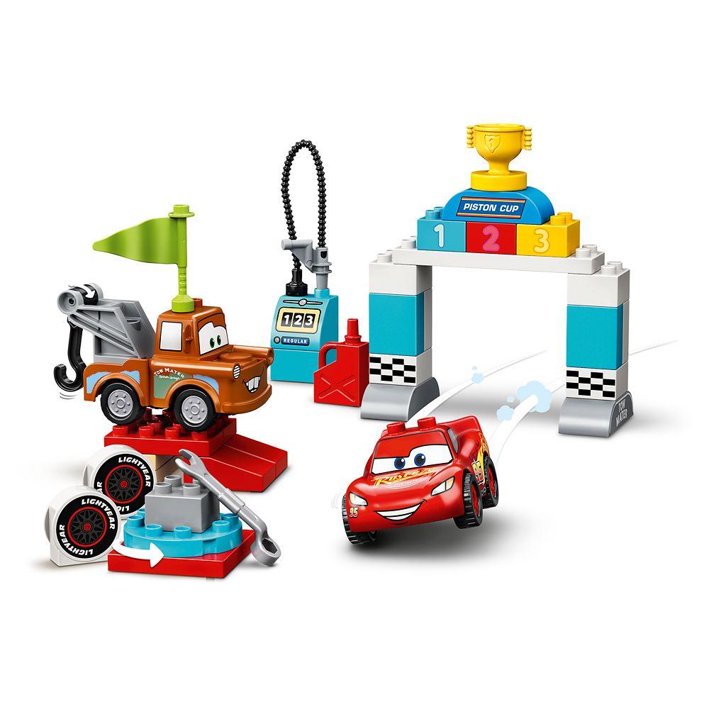 LEGO Lightning McQueen's Race Day 10924