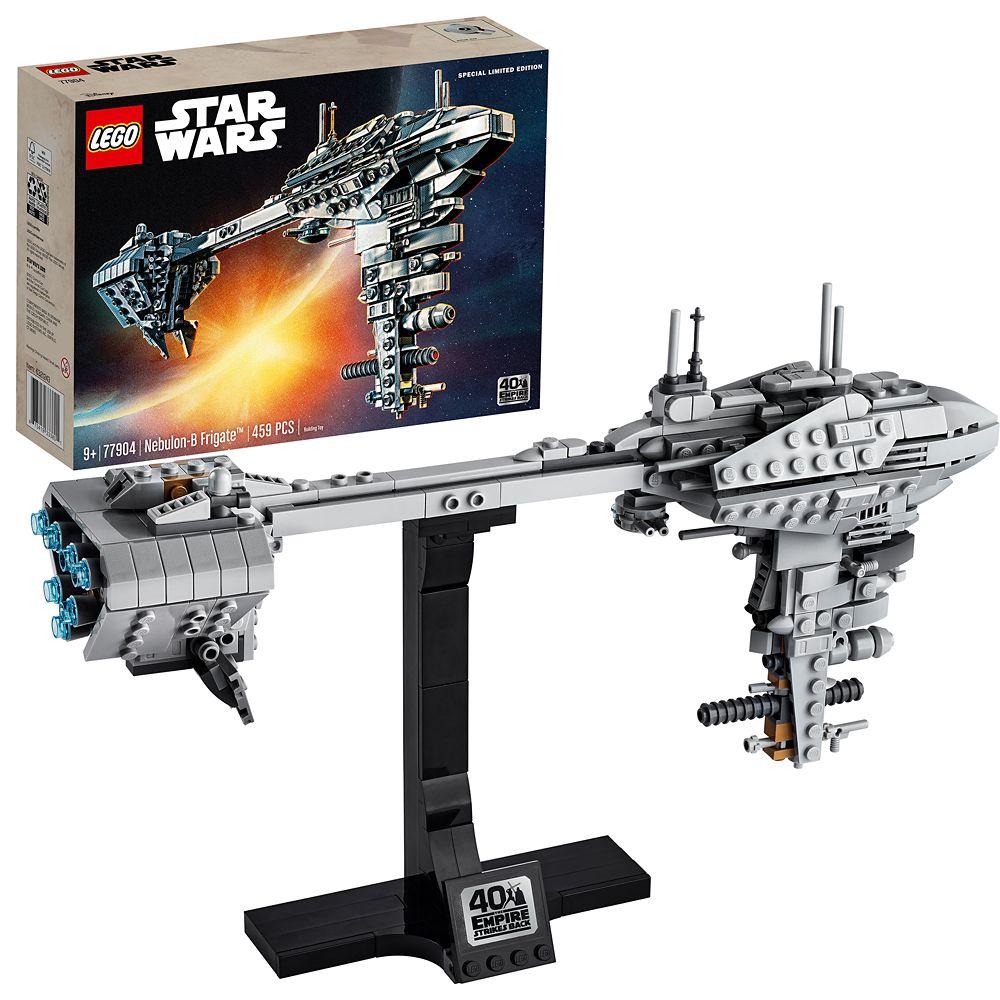 LEGO Star Wars Nebulon-B Frigate 77904