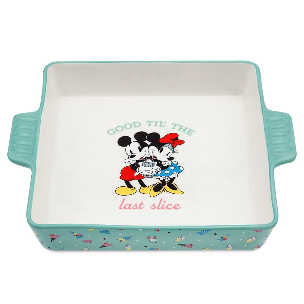 Mickey and Minnie Mouse Baking Dish – Disney Eats