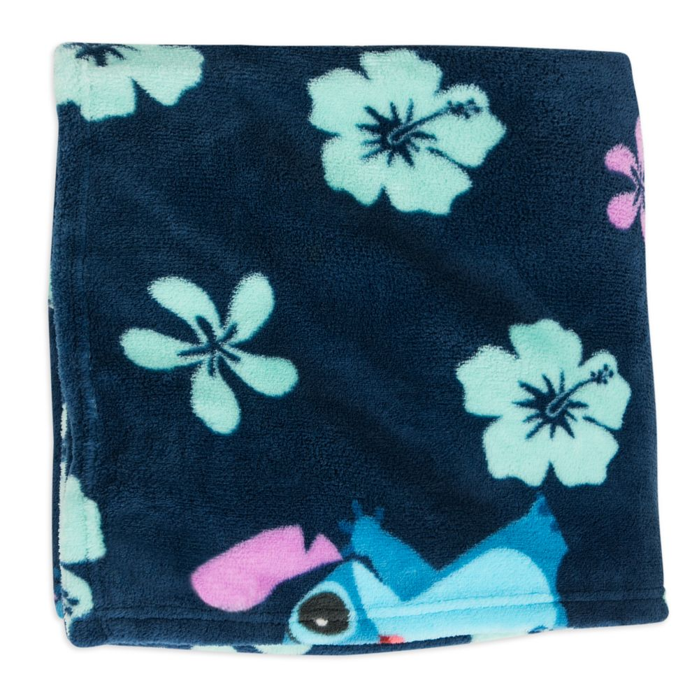 Stitch Fleece Throw
