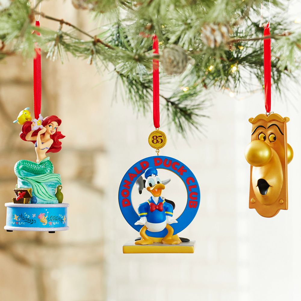 Donald Duck Legacy Sketchbook Ornament – Limited Release
