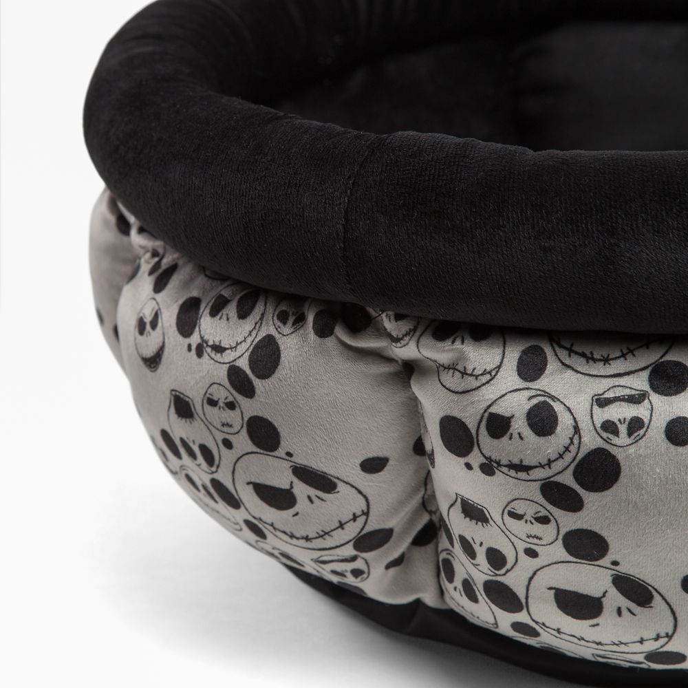 Jack Skellington Cuddle Cup Pet Bed