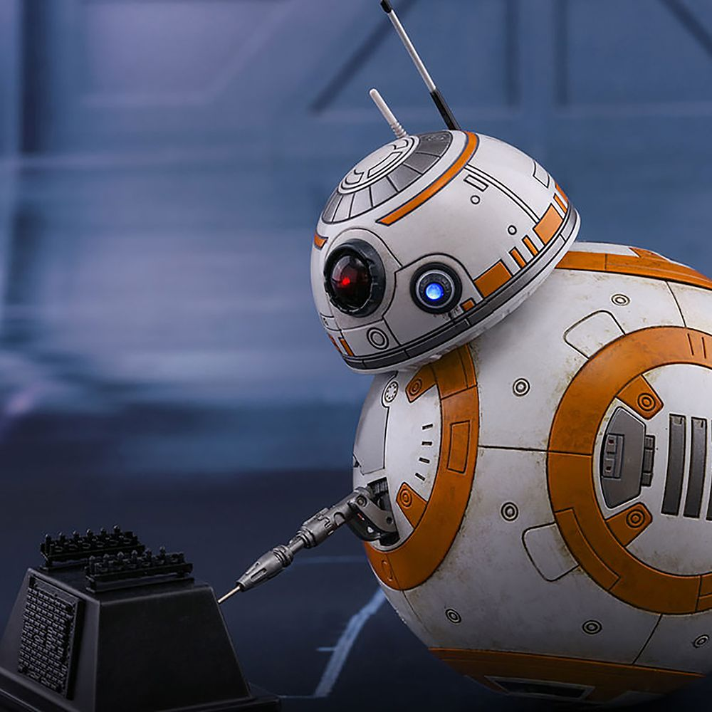 BB-8 and BB-9E Sixth Scale Figure Set by Hot Toys – Star Wars