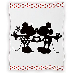 Mickey and Minnie Mouse Perfect Pair Knit Throw