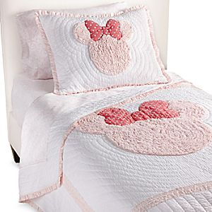 Minnie Mouse Really Ruffle Quilt by Ethan Allen