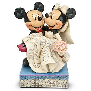 Mickey and Minnie Mouse ''Congratulations!'' Figure by