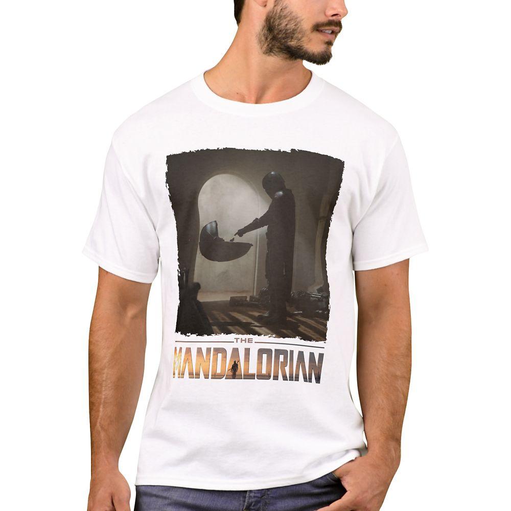 The Child – Star Wars: The Mandalorian Film Still T-Shirt for Men – Customized