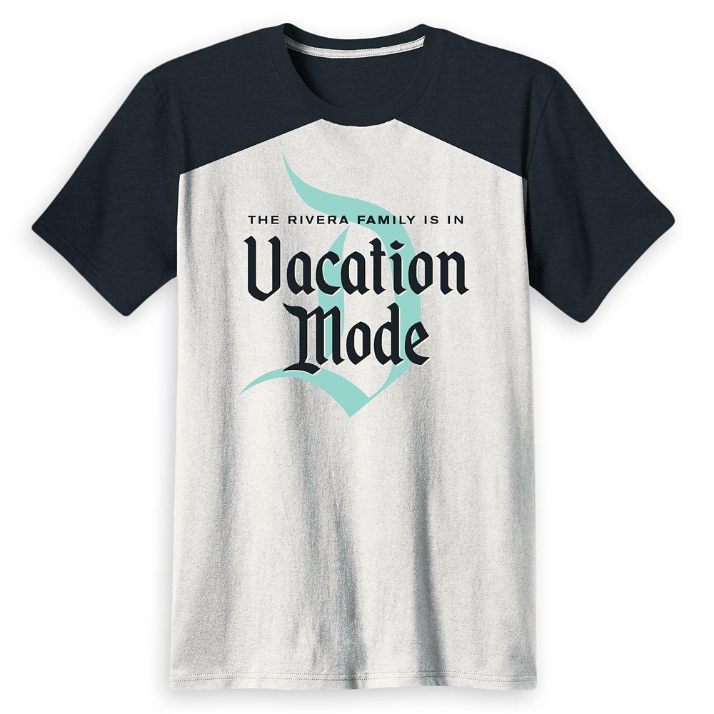 Men's Disneyland Family Vacation Mode T-Shirt- Customized