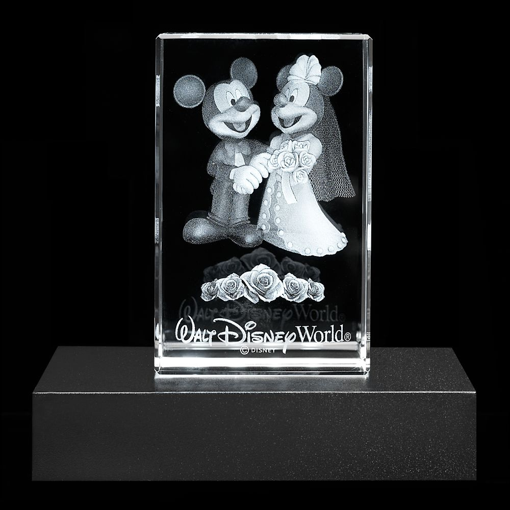 Mickey and Minnie Mouse Wedding Laser Cube by Arribas – Walt Disney World