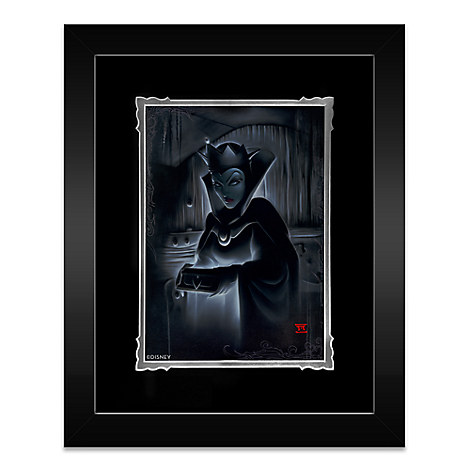 Evil Queen ''Heartless Evil Queen'' Framed Deluxe Print by Noah