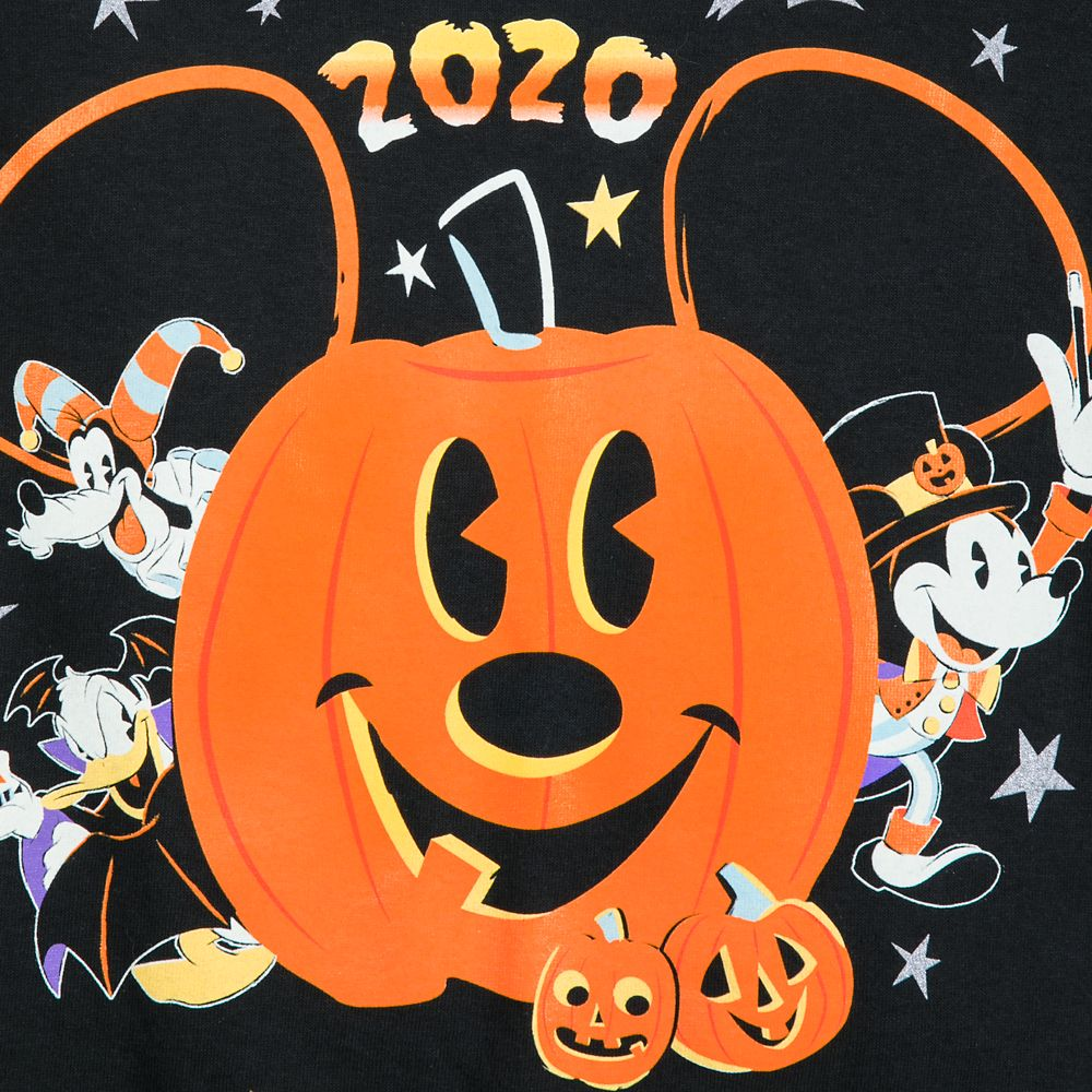 Halloween In Disney 2020 Mickey Mouse and Friends Halloween 2020 T Shirt for Adults – Walt