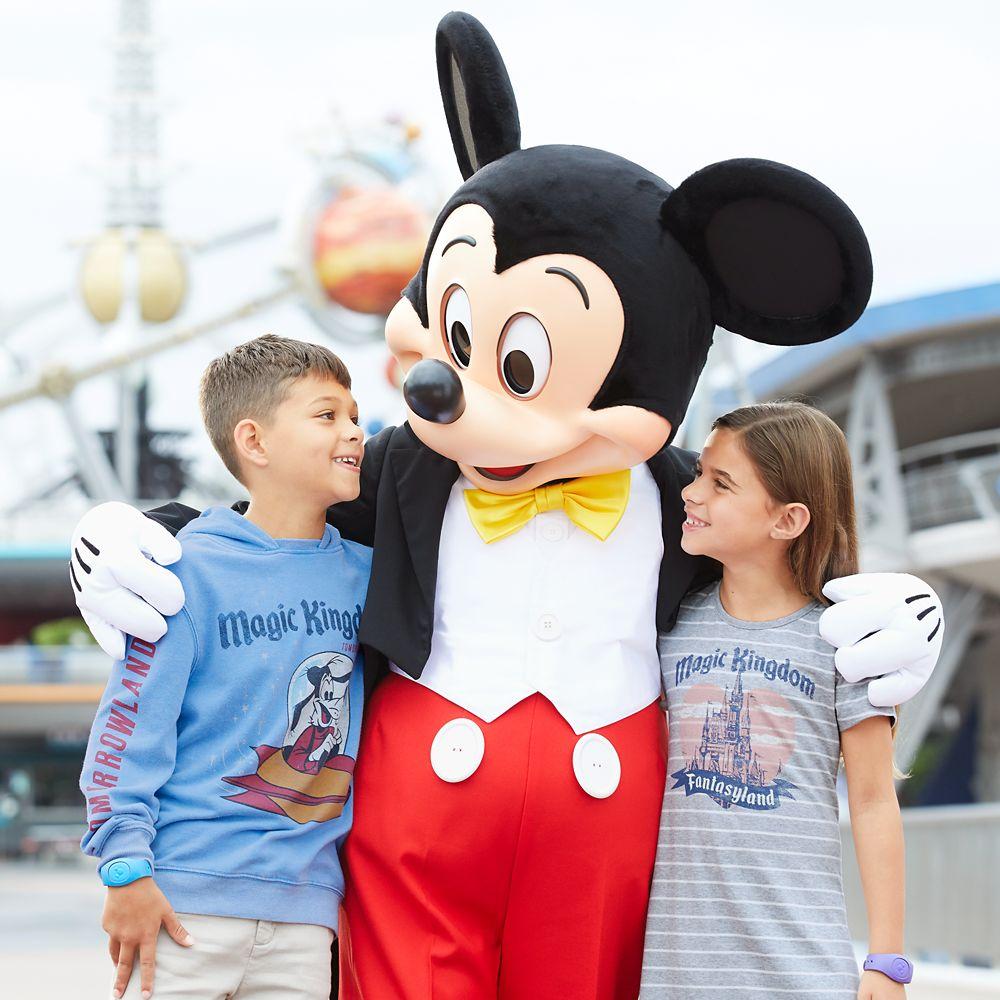 Goofy Tomorrowland Hoodie for Boys by Junk Food – Walt Disney World