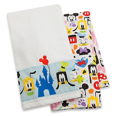 Mickey Mouse and Friends Colorful Kitchen Towel Set