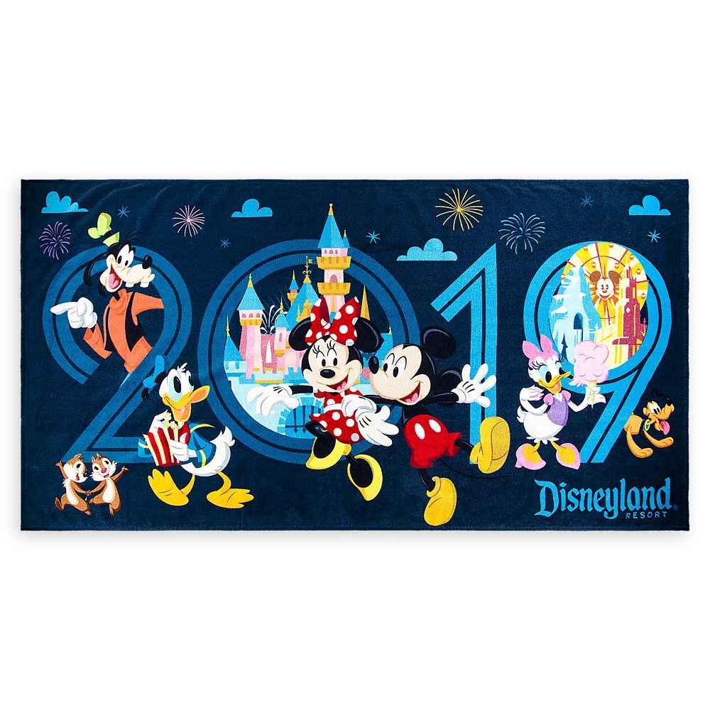 Mickey Mouse and Friends Beach Towel – Disneyland 2019