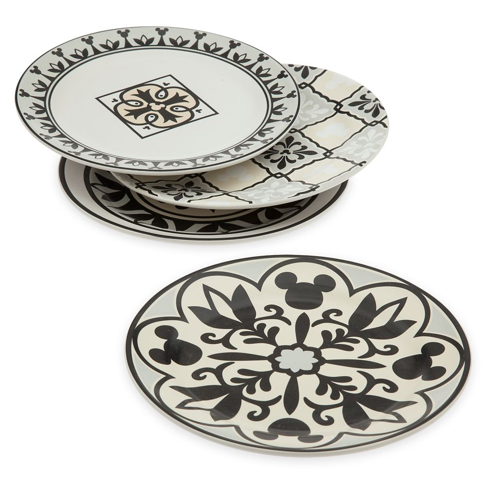 Mickey Mouse Tidbit Plate Set – Disney Homestead Collection