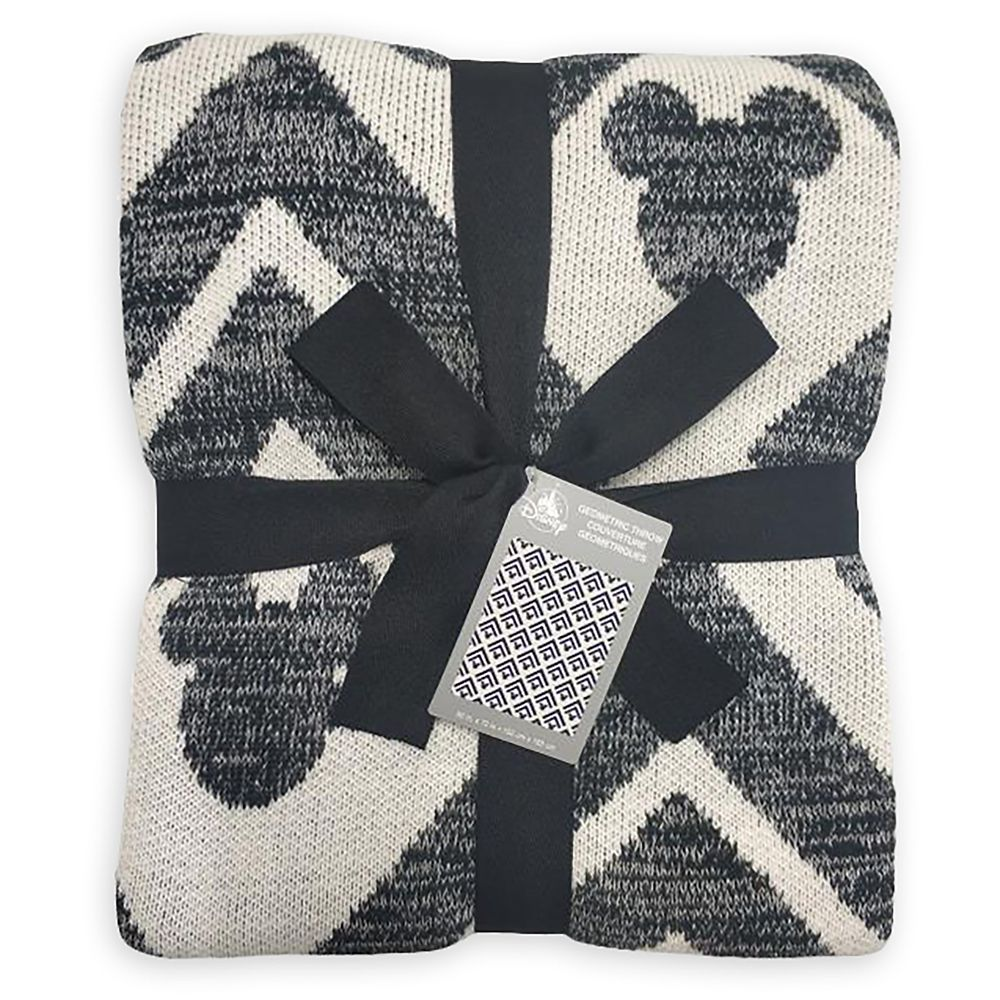 Mickey Mouse Icon Geometric Knit Throw Blanket