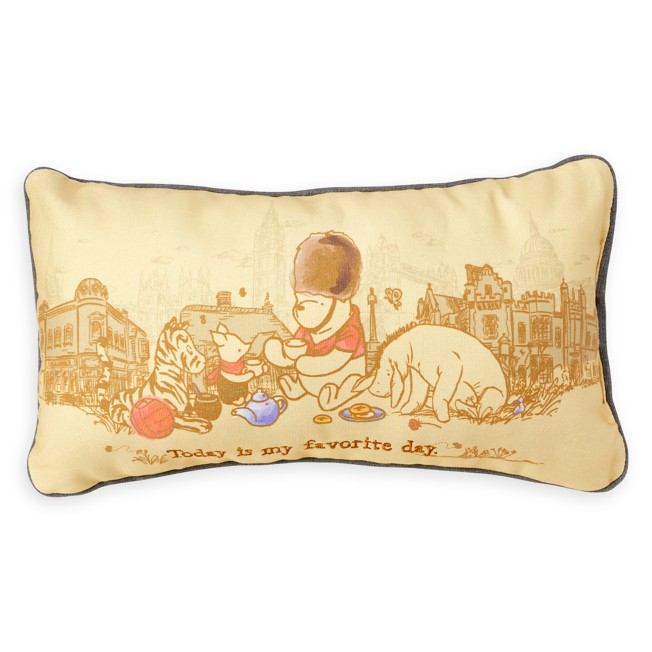 Winnie the Pooh and Pals Classic Throw Pillow – Epcot