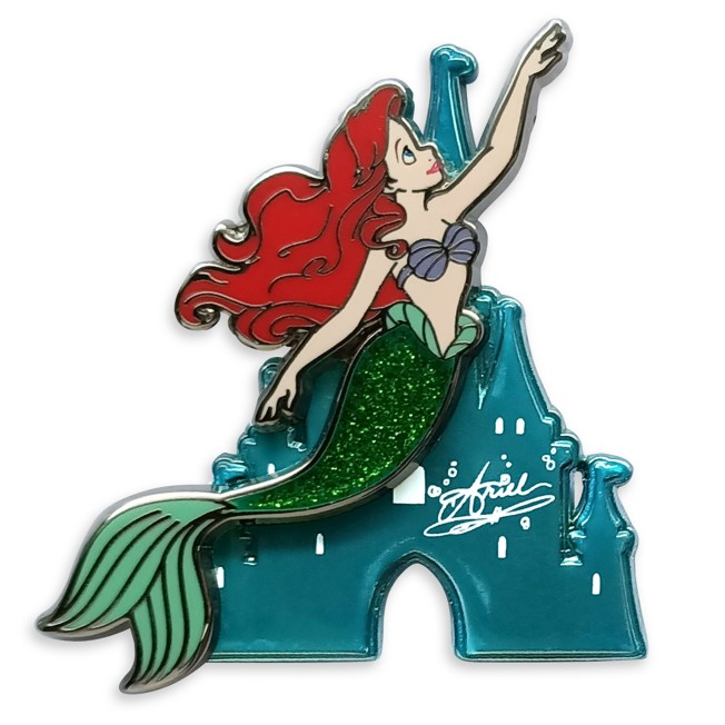 Ariel with Castle Pin – The Little Mermaid – Disney Princess