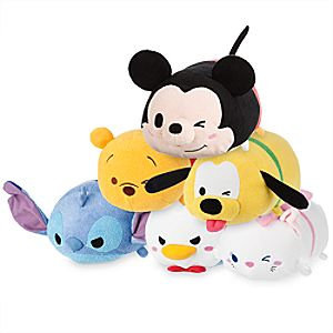 Mickey Mouse and Friends Medium ''Tsum Tsum'' Plush Collection