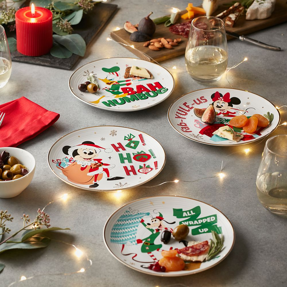 Santa Mickey Mouse and Friends Holiday Plate Bundle