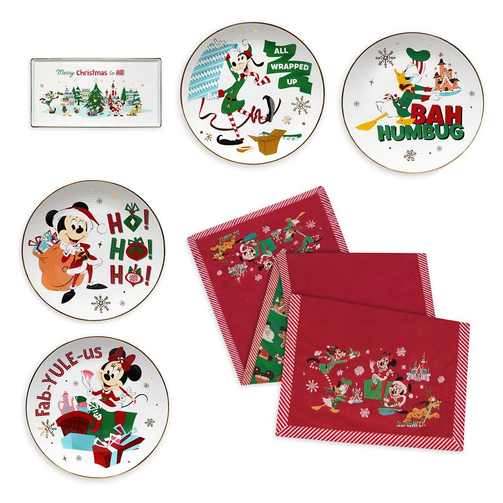 Mickey Mouse and Friends Holiday Table Top Bundle