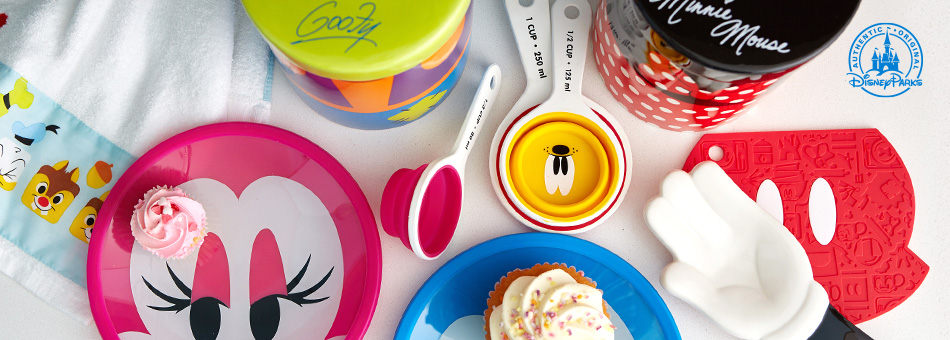 Disney Parks - Mickey Mouse and Friends Colorful Kitchen Collection