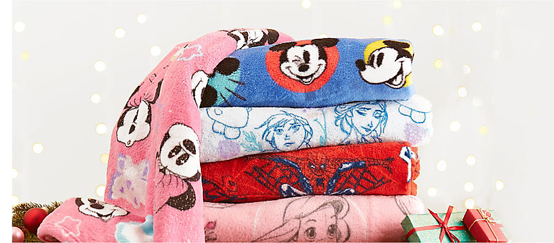 Background image of Snuggle Up with Fleece Throws
