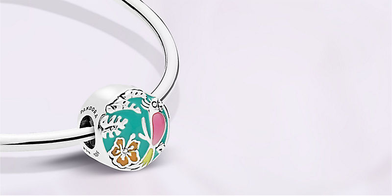 Background image of Pandora Jewelry